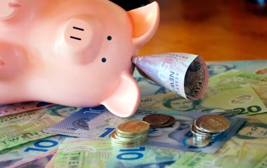 7 tips to save cash